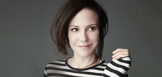 Mary-Louise Parker se une al elenco de la nueva serie de Stephen King, Mr. Mercedes