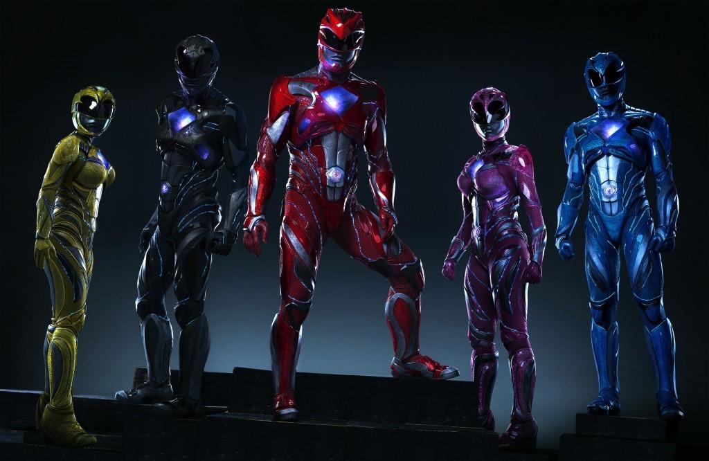 Ranger Amarilla (Becky G), Ranger Negro (Ludi Lin), Ranger Rojo (Dacre Montgomery), Ranger Rosa (Naomi Scott), Ranger Azul (RJ Cyler). Foto cortesía Lionsgate.