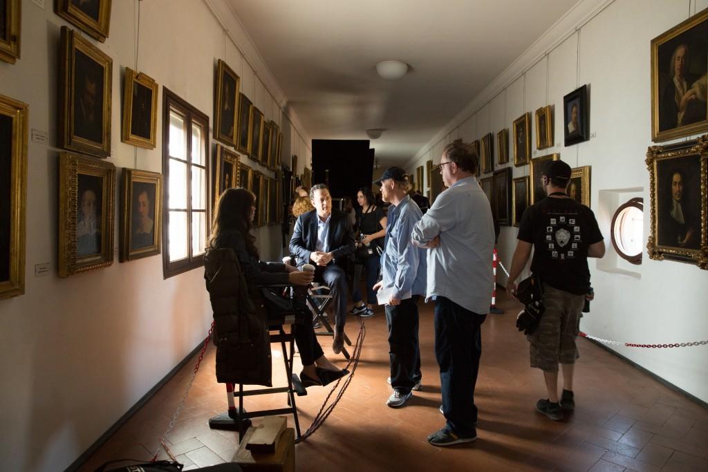 Felicity Jones, Tom Hanks, Directro Ron Howard on the set of Columbia Pictures' INFERNO.