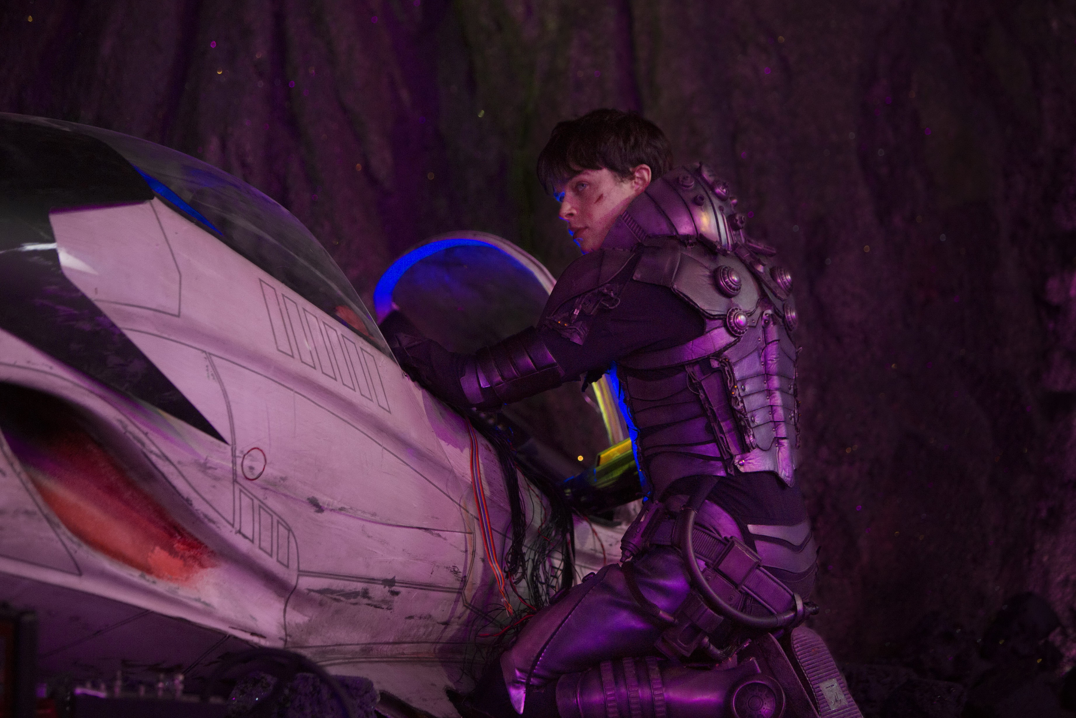 Photo Credit: Lou Faulon Dane DeHaan stars in EuropaCorp's Valerian and the City of a Thousand Planets. Copyright © 2016 VALERIAN SAS Ð TF1 FILMS PRODUCTION.