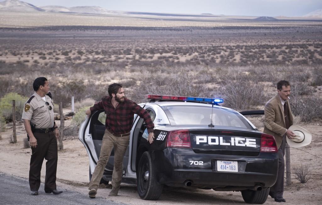 Jake Gyllenhaal y Michael Shannon Credit: Merrick Morton/Universal Pictures International