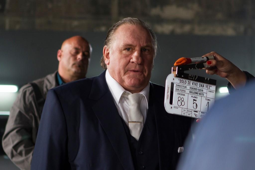 Gerard Depardieu rodando Solo se vive una vez