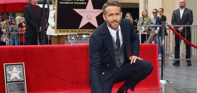 Una nueva estrella en el paseo de la fama: Ryan Reynolds