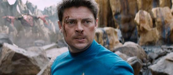 Karl Urban habla sobre Star Trek 4 y sus incorporaciones
